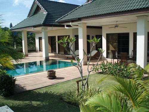 Beautiful Bungalow With Private Swimming Pool