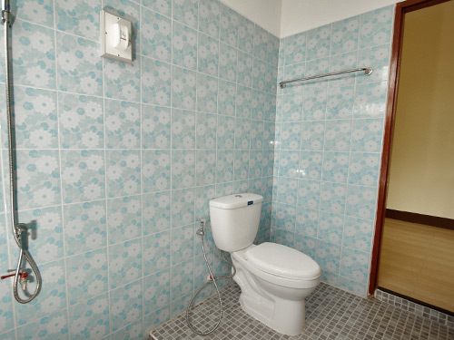 Commercial townhouse for sale chiang rai Cost of installing a bathroom upstairs
