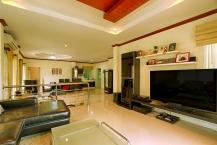 Large Modern 4 BR House